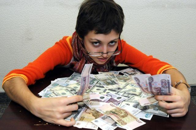В Упорово приемная мать похитила у детей-инвалидов более 1,4 млн рублей
