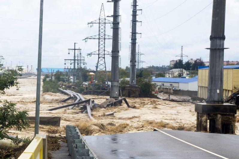Последствия сильных дождей в Туапсе в Краснодарском крае.