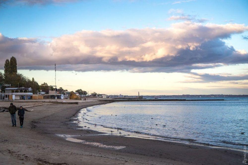Закаты в Одессе особенно прекрасны несмотря на любые природные явления.