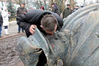 «Интересный металлолом»: памятник Ленину продали за 220 тысяч гривен