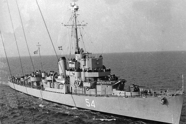 HNS Leon D-54, ранее USS Eldridge DE-173, в эксплуатации, 1960 год. © / Public Domain