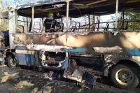 Под Днепром во время движения загорелся автобус с пассажирами
