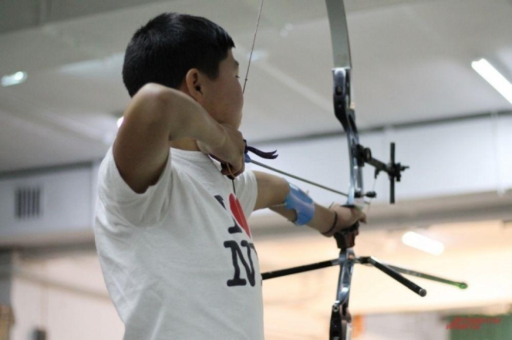 Сотни спортсменов разного возраста продемонстрировали свое мастерство.