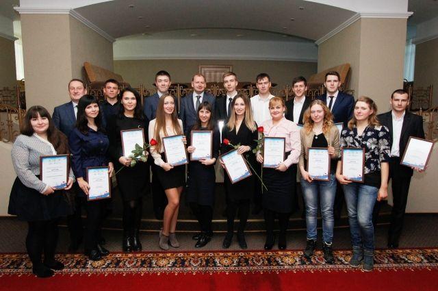 Победители были определены в восьми номинациях.