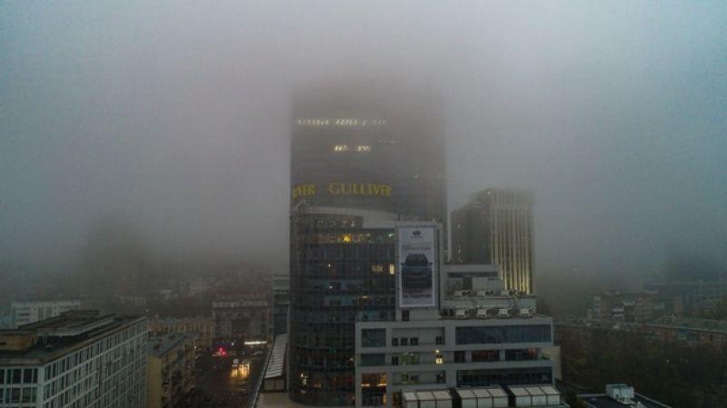 В Укргидрометцентре сообщают, что видимость не превышала 500 метров.