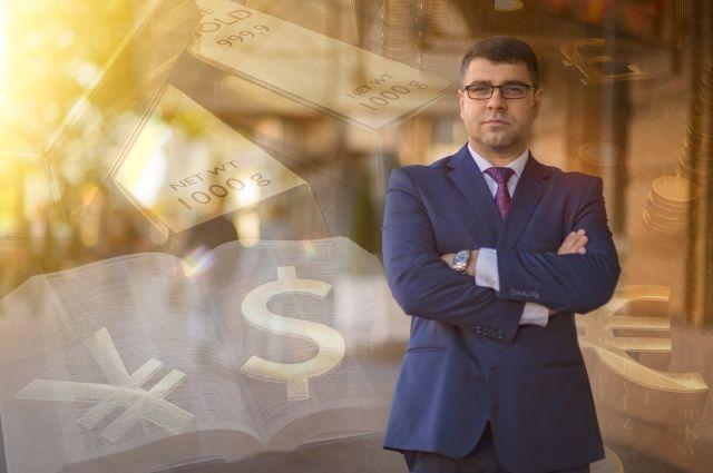 Богдан Терзи, финансист, пишет книгу о финансах
