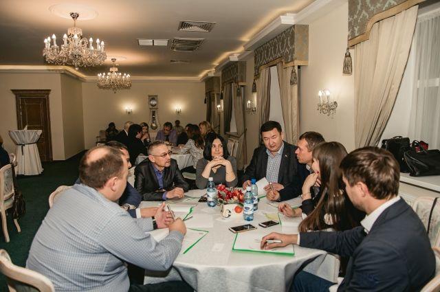 В Тюмени очередную игру #MassOnClub провела Альбина Ахатова