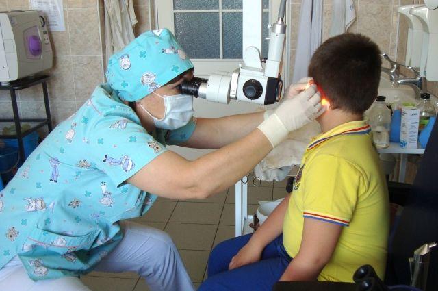 В сентябре в детской городской клинической больнице им. В.М. Истомина специалисты клиники «Сэчжон» из Пучона  провели консультации детей из Хабаровска.
