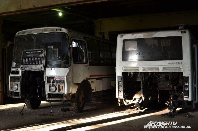 До 40% автобусов в муниципальным предприятиях стоят на ремонте.