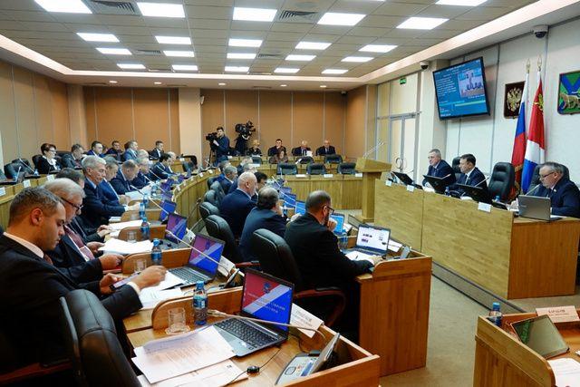 Законодатели края взялись за социальную жизнь Приморья.