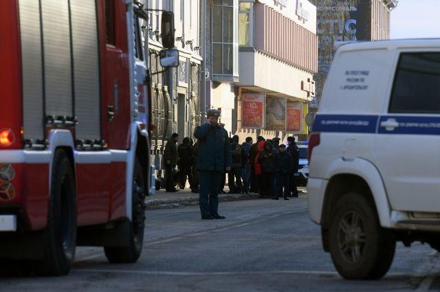 Устроивший взрыв у здания УФСБ в Архангельске умер от ранений
