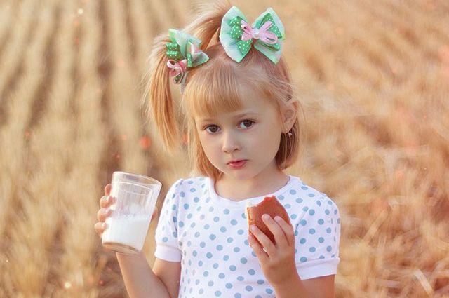 Молоко исследовали по 26 параметрам.