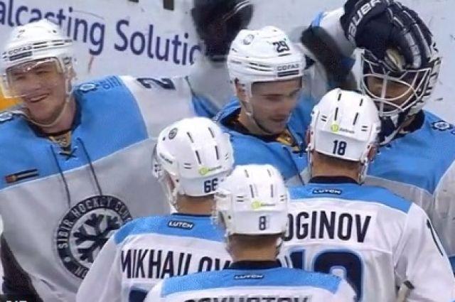Новосибирские хоккеисты вошли в состав сборной России.