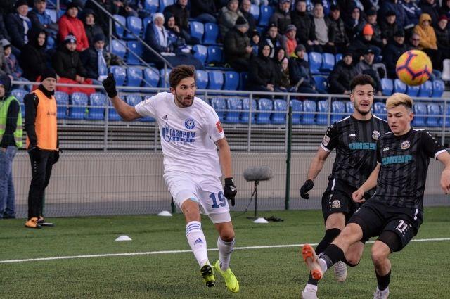 ФК «Оренбург» обыграл «Тюмень» в 1/8 финала Кубка России.