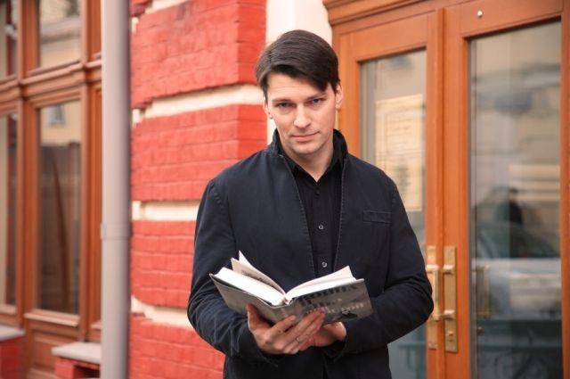 Попросил не курить: в Москве хулиганы избили звезду сериала «Бедная Настя»