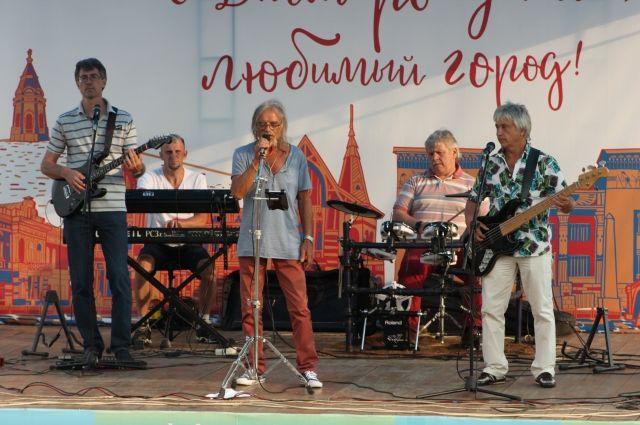 В краевой столице больше всего покупают музыкальных инструментов.