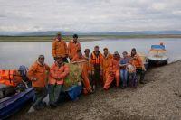 Кроме рыболовства, мужчинам в селе нечем заниматься.