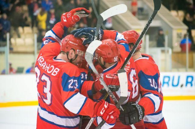 4 ноября «сталевары» на своей площадке сыграют с «Югрой» из Ханты-Мансийска.