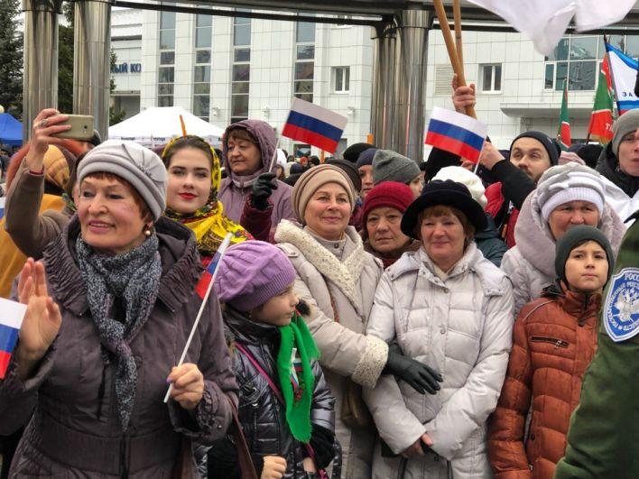 Тюменцев не испугала хмурая погода.