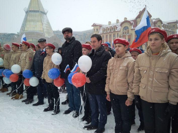 Здесь были не только представители диаспор, но и члены правительства Югры, представители администрации Ханты-Мансийска, общественных объединений и политических партий.