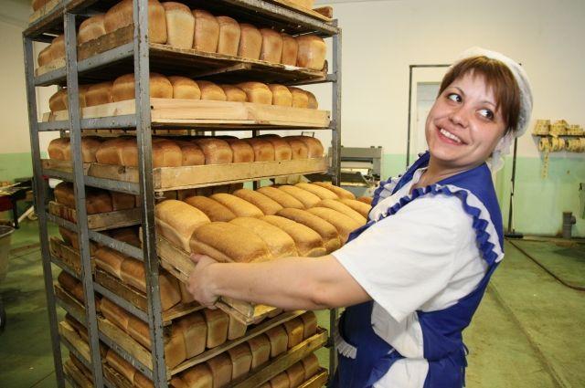 Пекарня Аромашевского района производит 45 тонн хлеба в месяц