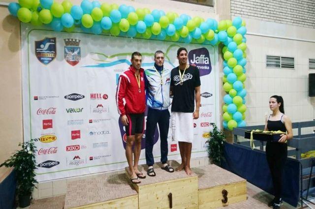 В турнире приняли участие пловцы из 13 стран.