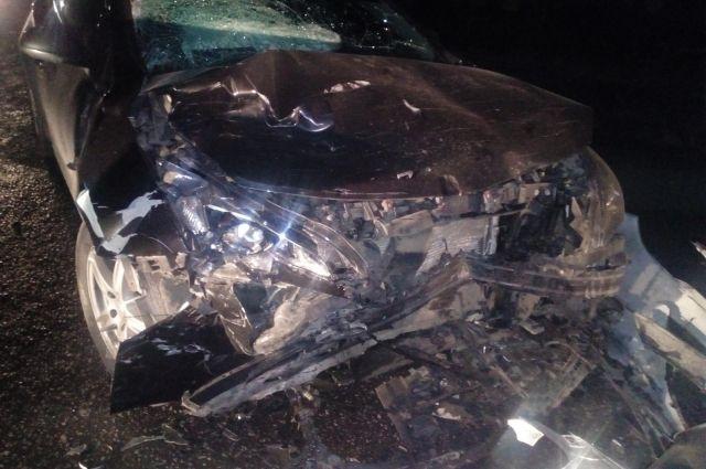 В результате аварии водитель «Опель» и его пассажир, а также пассажир автомобиля «Лада Гранта» получили травмы.
