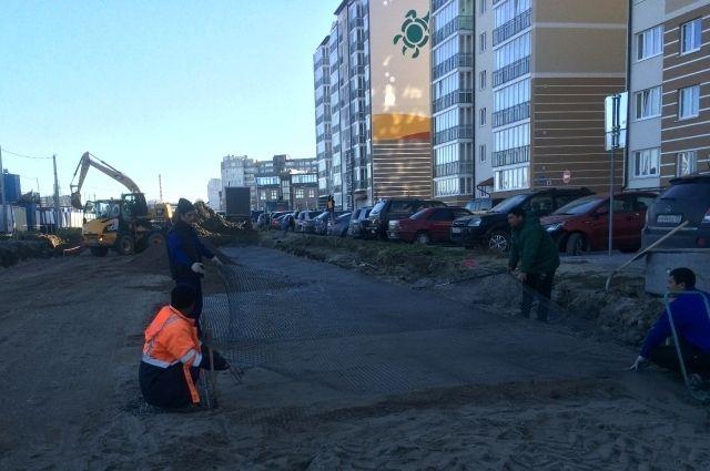 На Сельме строят 300 метров новой двухполосной дороги.