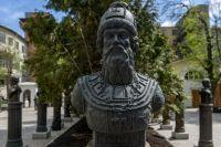 Монумент Бориса Годунова на «Аллее Правителей» в Москве.