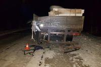 В Пуровском районе легковушка врезалась в Маз, погибла десятилетняя девочка