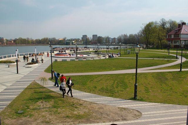 В Верхнем озере в Калининграде обнаружили труп мужчины.