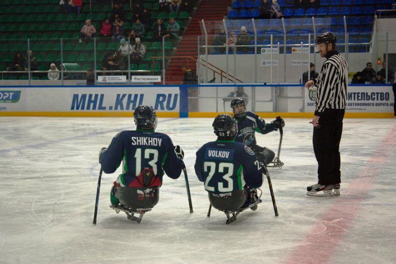 Уже на седьмой минуте Илья Попов открыл счет матча.