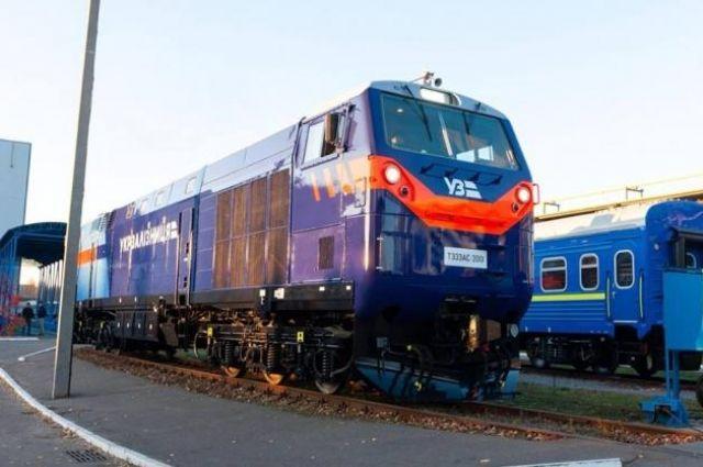 «Укрзализныця» выпустит тепловоз General Electric в первый рейс
