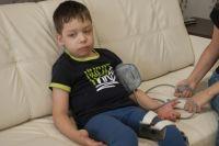 Маленькому Артёму и его родителям остаётся надеяться только на благотворительную помощь неравнодушных жителей Пермского края.