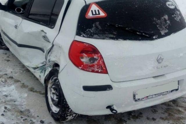 Сводка ГИБДД: 7 ноября на дорогах Ямала произошли 12 ДТП
