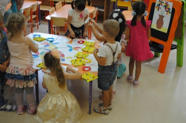 26 детей и 6 работников детского учреждения перевели в переоборудованные помещения школы.