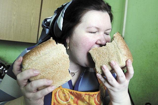 Больным диабетом лучше не употреблять продукты с высоким гликемическим индексом.