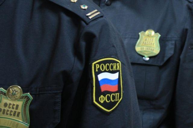 Приставы рассказали, какая сумма задолженности накопилась у россиян
