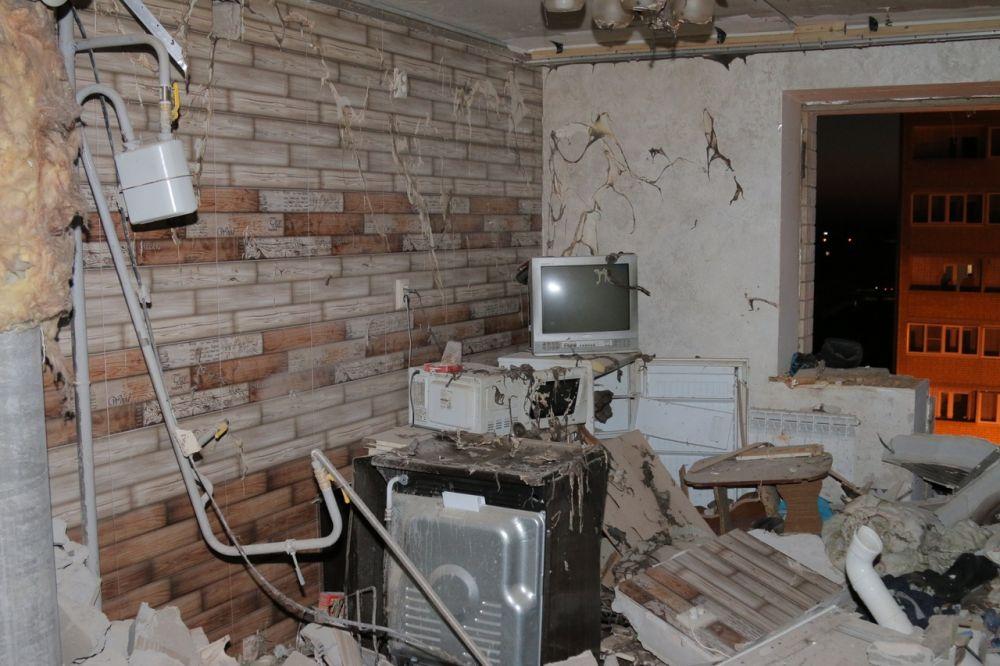 Взрыв разрушил 16 квартир, 11 из которых - жилые.