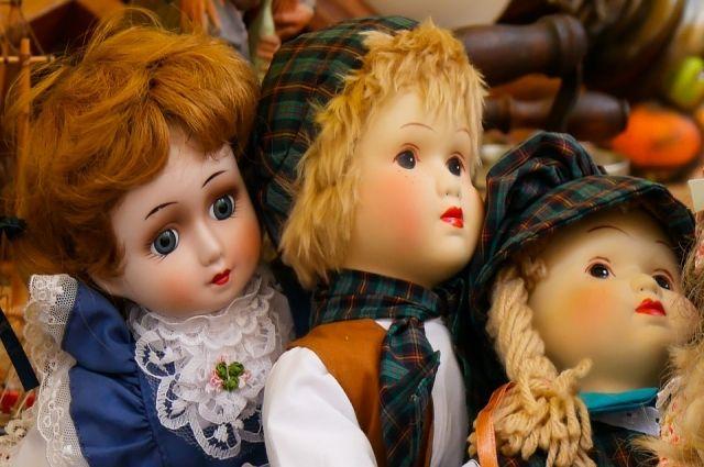 Жертвой мошенников в Новом Уренгое стала любительница кукол