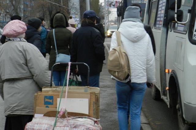 В Тюмени школьница шла домой пять часов из-за отказа кондуктора помочь