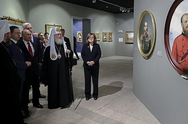 Шедевры из Приморья отправились покорять Москву