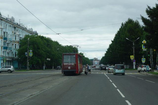Горожане даже выходили на пикет в защиту трамваев.