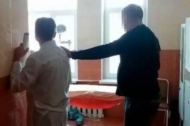 Платная «инвалидность»: врача винницкой больницы задержали за взятку