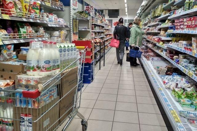 Большинство продуктов дорожает каждый месяц.