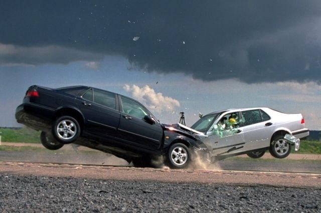 Авария произошла, предварительно из-за плохой погоды.