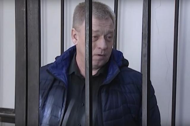 Начальник полиции Первоуральска Олег Грехов отправлен в СИЗО до 6 января 2019 года за взятку.