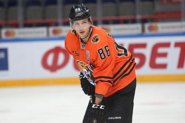 Омский «Авангард» обменял вратаря на результативного нападающего из МХЛ