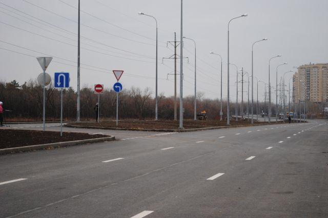 Впервые городская дорога построена с применением светоотражающей разметки.
