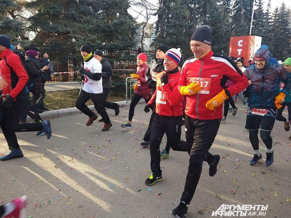 Губернатор Прикамья Максим Решетников и министр спорта Владимир Епанов пробежали семь километров.